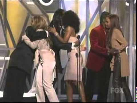 Destinys Child Wins Artist Of The Year @ Billboard 2005