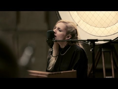 Agnes Obel - The Curse (Berlin Live Session)