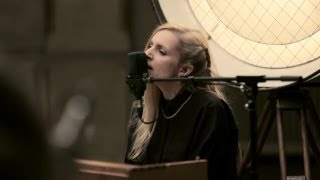 Repeat youtube video Agnes Obel - The Curse (Berlin Live Session)