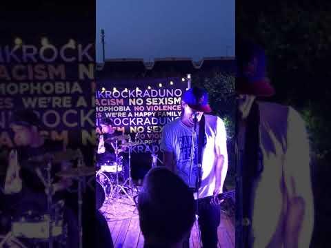 Jagger Holly - Brooklyn Babe (Dee Dee Ramone) Live At Punk Rock Raduno 2018