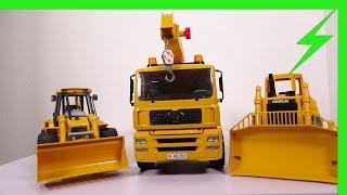 Présentation de jouets BRUDER, camion grue, bulldozer, tractopelle