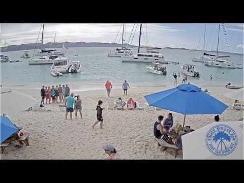Soggy Dollar Bar Live HD Webcam - White Bay, JVD