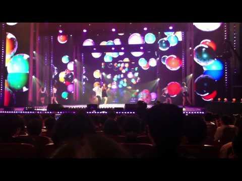 110927 HyunA - Bubble Pop (Show Show Show) [fancam]