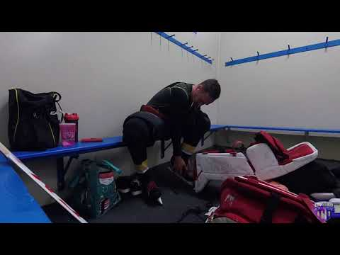 Guide To Getting Dressed For Ice Hockey Goalies