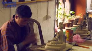 Школа 13-ти искусств. Бутан Закрытое Гималайское королевство.(Паро - столица Бутана - маленький, всего 100 тысяч населения, городок в узкой горной долине - потрясающе красив..., 2015-08-12T12:29:42.000Z)