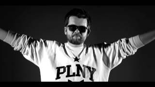 Teledysk: DIOX - Oni tego chcą feat. Miuosh, Mosad, Małach, Vienio, PMM, Haju, Tede, PeeRZet, Sir Mich (REMIX)