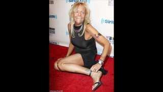 Tan Mom at the Howard Stern Birthday Bash 31/01/14
