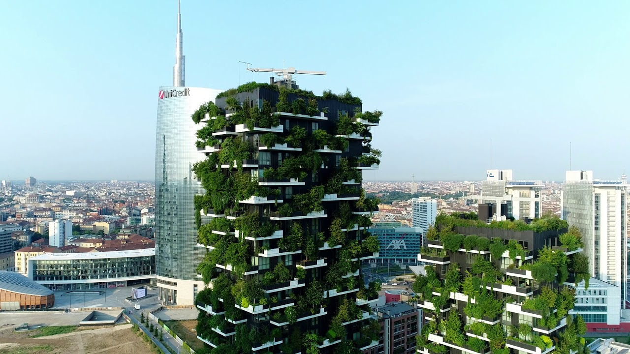 Foto Bosco Verticale Milano milan vertical forest   drone video 2017
