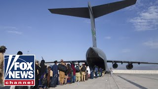 US troops injured in suicide bombing attack at Kabul airport