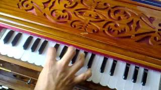 Nusrat Fateh Ali Khan - Allah Hoo on the harmonium by Mamo