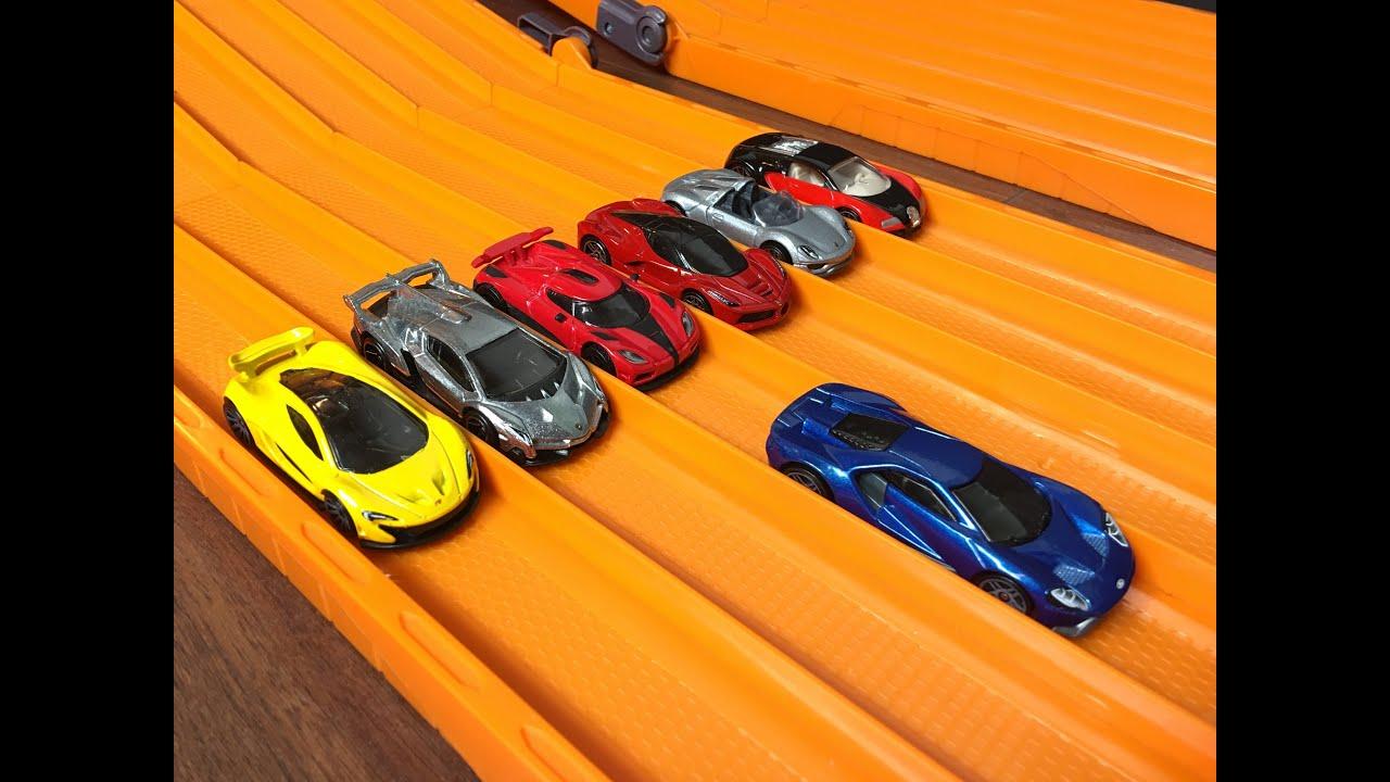 Hot Wheels 2017 Ford GT vs 6 Hypercar Exotics