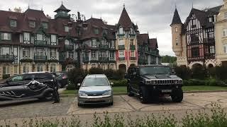 Красивый коттеджный посёлок на берегу озера в Подмосковье