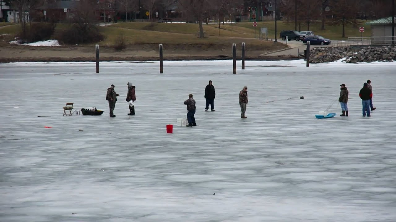Dangerous conditions for ice fishing on a melting lake for Lake erie ice fishing