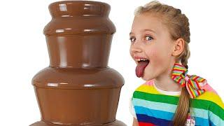 Polina juega chocolate y presente. Nuevos videos para niños.