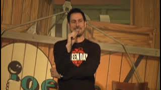 The whole crowd tries Heckling Joe Matarese! A huge mistake!