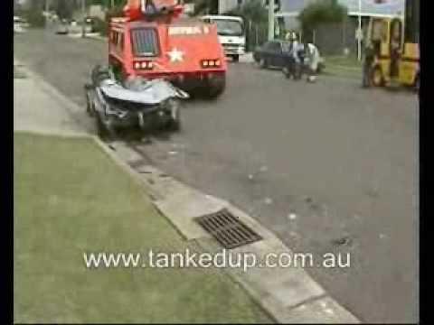 tank runs over car in sydney youtube. Black Bedroom Furniture Sets. Home Design Ideas