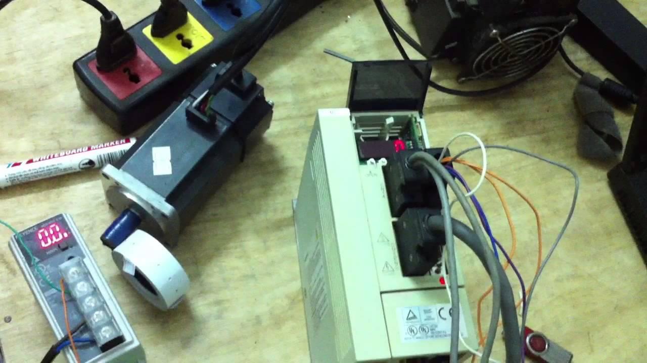 mitsubishi mr j2s 40a test with mach3 1600rpm youtube rh youtube com