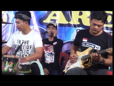 DIA Vocal Itok Areva Musik Horre