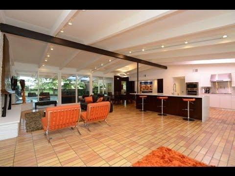 Mid-Century Home For Sale in Terrell Hills, San Antonio, TX 78209