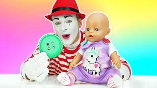 Детские мультики - У куклы БЕБИ БОН потерялась пуговка! Смешные видео игры дочки матери с Baby Born