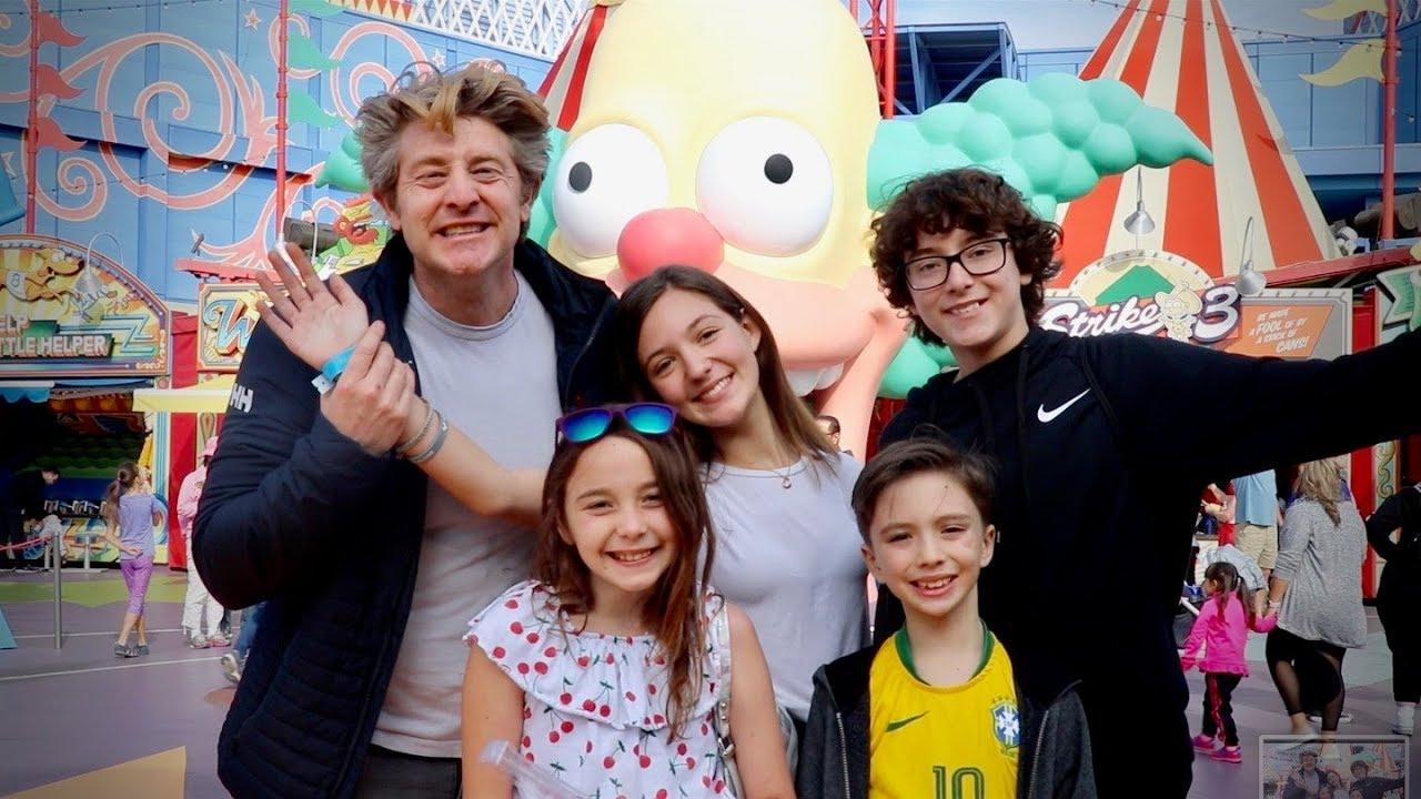 universal-studios-with-my-four-kids