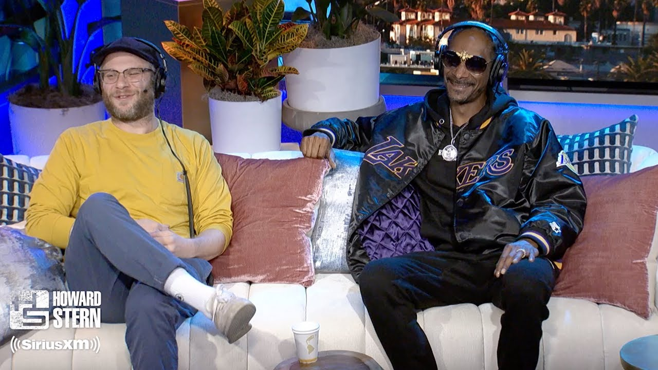 Snoop Dogg and Seth Rogen Enjoy Smoking Weed With Each Other