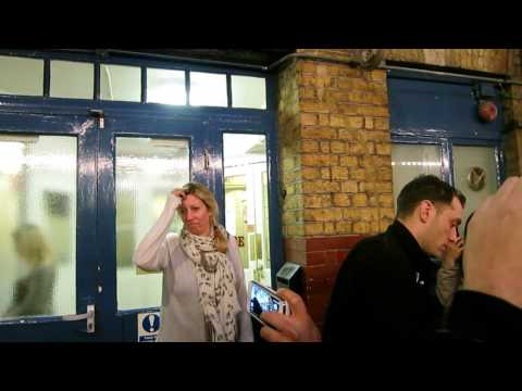 Jude Law Stage Door Noel Coward theatre 06.01.2013
