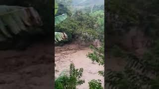 Así Comenzó la Avalancha en Cañasgordas Antioquia 01 Noviembre 2018