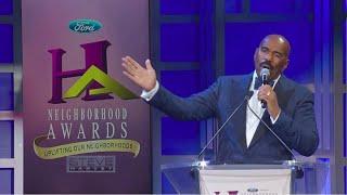 Go backstage at the Neighborhood Awards || STEVE HARVEY