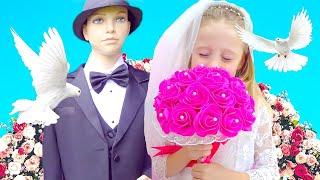 Nastya ingin menjadi pengantin wanita dalam gaun pengantin