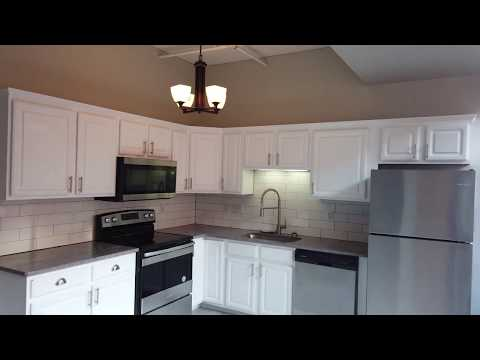 Industrial Downtown Cleveland Apartment Tour | Bridgeview (2-bedroom Suite)
