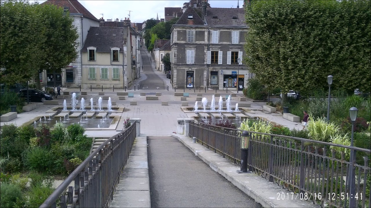 Visite de la ville d 39 auxerre youtube for Piscine d auxerre