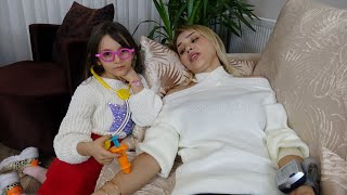 Lina Doktor Oldu Hastası Linayı Çıldırttı Funny Kids Video