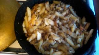 Картошка на сале. Вкуснейший рецепт! Картошка с салом. Картошка по деревенский рецепт