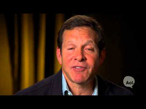 You've Got Steve Guttenberg - YouTube