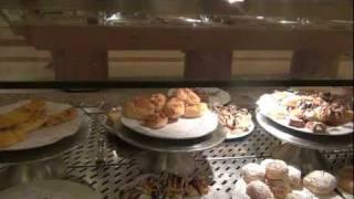 Завтрак в отеле Emerald 5*, Хургада(Завтрак в отеле Golden Five Emerald 5*, Египет, Хургада Видео Январь Сайт центра туризма и отдыха в Щелково: http://www.1bko.ru., 2012-01-09T11:55:07.000Z)