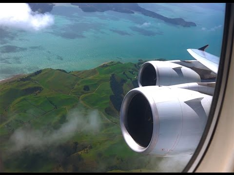 Singapore Airlines Airbus A380 - amazing take off in Auckland on our way to Singapore