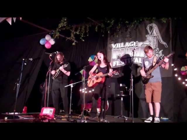 Rosie Eade Band - Village Pump Festival 2013