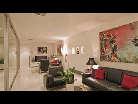 Decorating A Long Narrow Living Room Wall Ideas