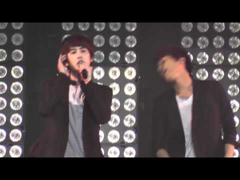[11062011] SM TOWN LIVE in Paris - Super Junior - Super Girl Kor. Ver. Remix (Kyuhyun Focus)