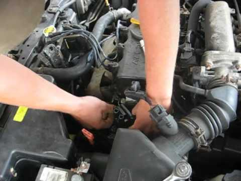 Replacing the coil in the 2000 hyundai accent - YouTube on 2001 hyundai elantra fuse box location, 2000 buick lesabre wiring-diagram, 2001 hyundai accent radio wiring, 2003 kia spectra wiring-diagram, 2001 hyundai tiburon, 2001 hyundai accent transmission diagram, hyundai accent wiring-diagram, 2013 hyundai sonata wiring-diagram, 2001 hyundai santa fe wiring-diagram,