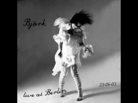 Björk - Storm (live at the Treptow Arena, Berlin)