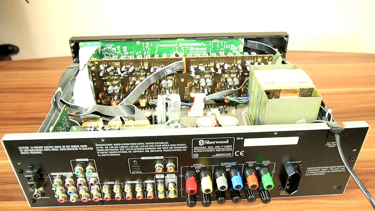 Look inside Sherwood RD-7108 r receiver - What's Inside?