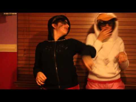 Disfrazadas de cholos hahaha 2010