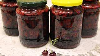 Вишня в собственном соку!  Супер способ сохранить ягоды на зиму!(Замечательный способ сохранить ягоды вишни на зиму! Ягодки сохраняют полезные вещества, вкус и неповторимы..., 2015-08-17T04:09:58.000Z)
