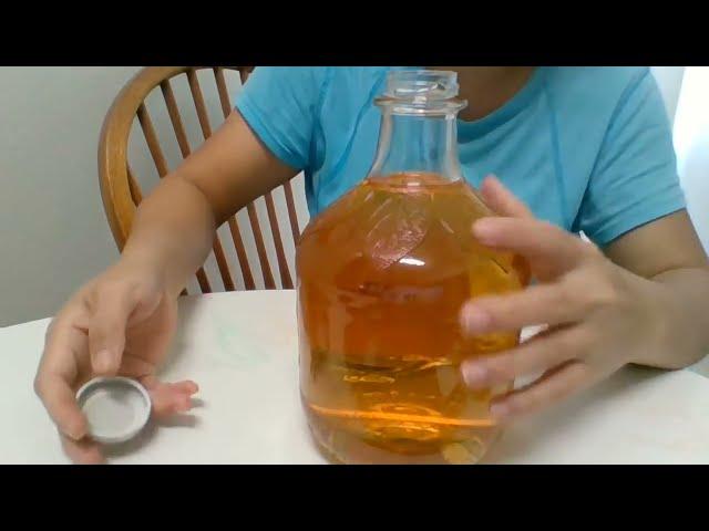 Fruit Juice - APPLE JUICE - Martinelli's  Apple Juice from U.S. Grown Fresh Apples No Additives