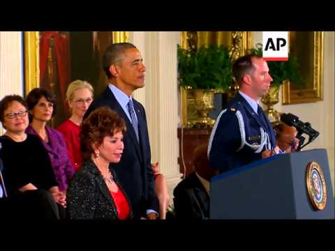 Chilean author Isabel Allende receives Medal of Freedom