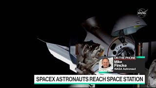 spacex-astronauts-reach-space-station