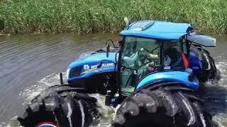 """金宝搏app下载农业进步展上的拖拉机""""在水上行走"""""""