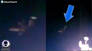 WHAT Is That! Alien Tripod UFO Next To Space Station 10/24/16